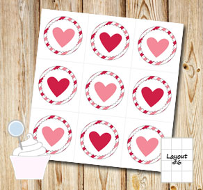 Cupcake toppers: Pink stripes with hearts  | Free printable for Valentines day