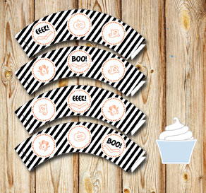 Black and white striped cupcake wrappers for Halloween  | Free printable for Halloween