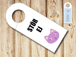 Do not disturb sign with purple cat  | Free printable door sign
