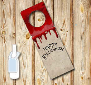 Neck tags with dripping blood and Happy Halloween  | Free printable for Halloween