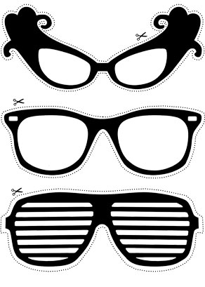 Photo booth props: Black glasses  | Free printable decorations