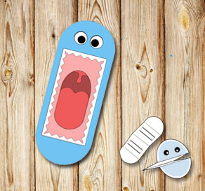 Hand puppet: Light blue monster with teeth  | Free printable toy