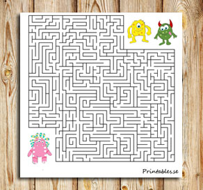 Maze: Help the monster find its friend  | Free printable for Valentines day