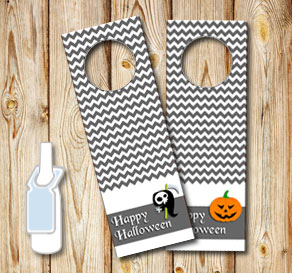 Grey neck tags for Halloween  | Free printable for Halloween