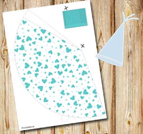 White party hat with turquoise hearts  | Free printable for Valentines day
