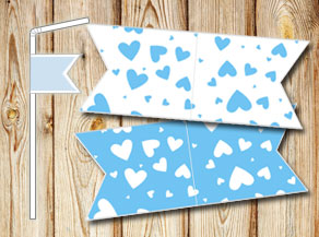 Straw decoractions with light blue hearts  | Free printable for Valentines day