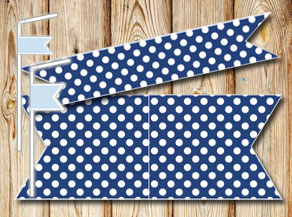 Dark blue straw decorations with wite dots  | Free printable straw decorations