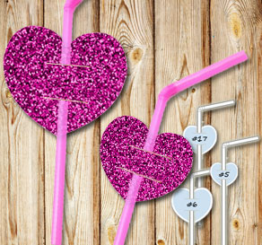 Straw decorations with pink glitter hearts 2  | Free printable for Valentines day