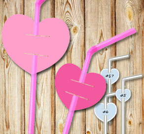 Straw decorations with pink hearts  | Free printable for Valentines day