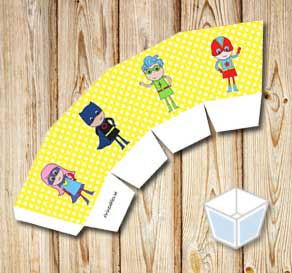 Yellow treat box with white dots and super heroes  | Free printable treat box